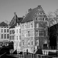 CB&W: Houses