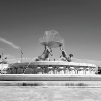 CB&W: Fountains